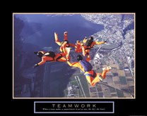 Teamwork - Skydivers