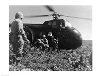 Korea, US Marine Corps, soldiers exiting military helicopter Fine-Art Print