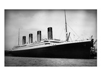 Titanic - B&W photo Fine-Art Print