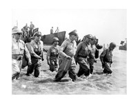 Gen. Douglas MacArthur Wades Ashore During Initial Landings at Leyte, Philippine Islands Fine-Art Print
