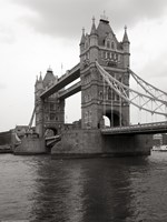 Tower Bridge II Fine-Art Print