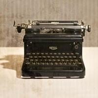 Typewriter 03 Royal Fine-Art Print
