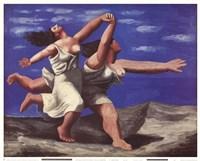 Deux Femmes Courant sur la Plage Fine-Art Print