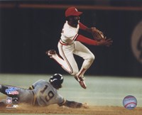 Ozzie Smith - Turning double play Fine-Art Print