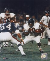 Gale Sayers - Action with ball Fine-Art Print