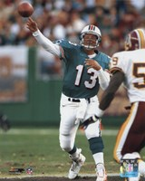 Dan Marino - Passing Action Fine-Art Print