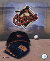 Baltimore Orioles - '05 Logo / Cap and Glove Fine-Art Print