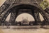 La Base de la Tour Eiffel Fine-Art Print