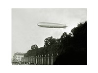 Zeppelin - in the air Fine-Art Print