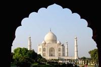 Sunrise at the Taj Mahal, Agra, India Fine-Art Print