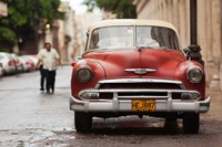 Cuba, Havana, Havana Vieja, 1950s classic car Fine-Art Print