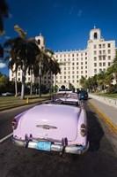 Cuba, Havana, Hotel Nacional, 1950s Classic car Fine-Art Print
