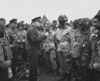 General Dwight D Eisenhower with Soldiers of the 101st Airborne Division Fine-Art Print