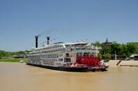 Mississippi, Vicksburg American Queen cruise paddlewheel boat Fine-Art Print