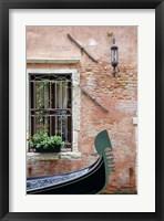 Passing Gondola Fine-Art Print