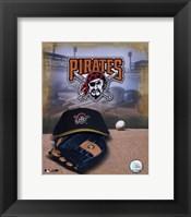 Pittsburgh Pirates - '05 Logo / Cap and Glove Fine-Art Print